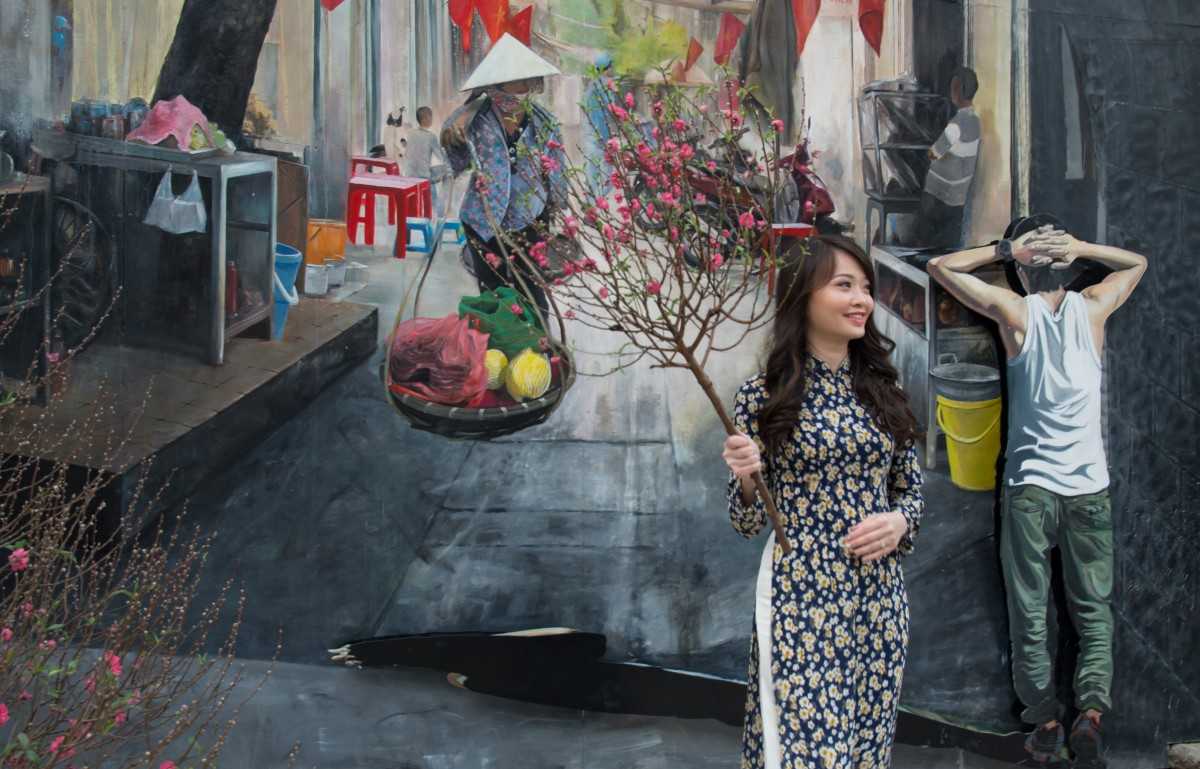 The revival of Phung Hung Street