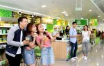 Smart shopping at airport convenience stores