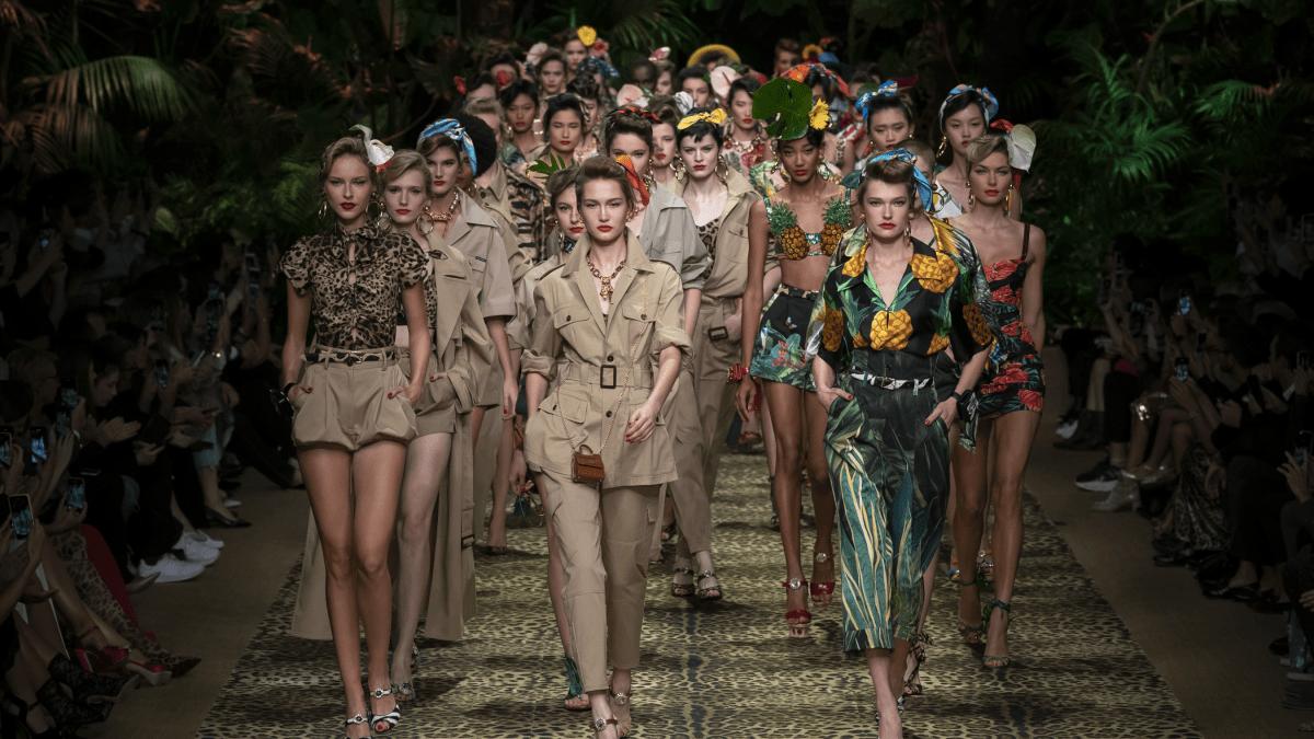 Dolce & Gabbana mang cả khu rừng sang trọng vào BST Xuân Hè 2020