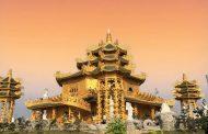Cần gì phải sang Thái Lan, Việt Nam cũng có ngôi chùa