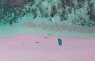 Những bãi biển cát hồng đẹp nhất thế giới